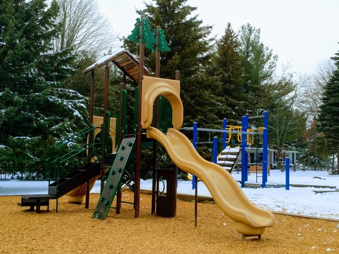 NEW PLAYGROUNDS - Thumbnail