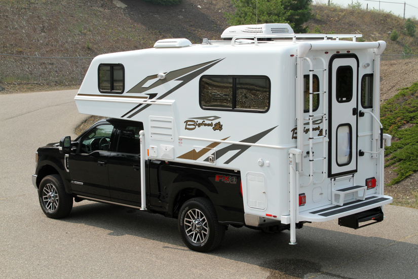 Bigfoot 2500 Campers(TC)